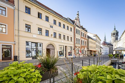The historic Wilhelm-Weber building in the center of Wittenberg houses the WCGE. Photo by Jörg Farys / Die Projektoren.